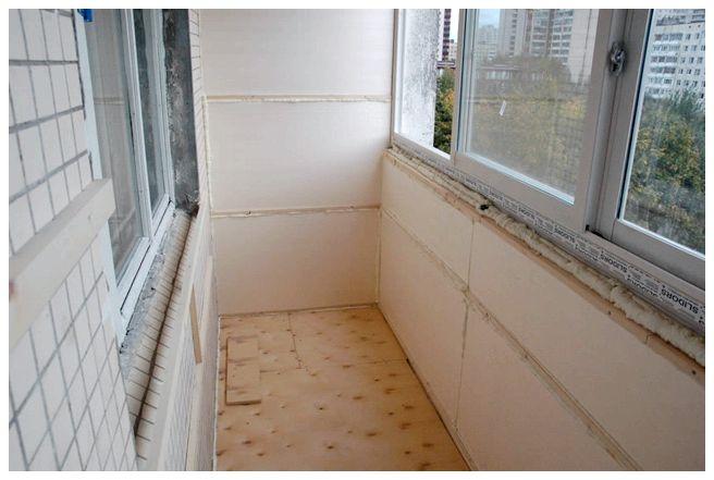 Скління балконів і лоджії металопластиковими вікнами.. корис.